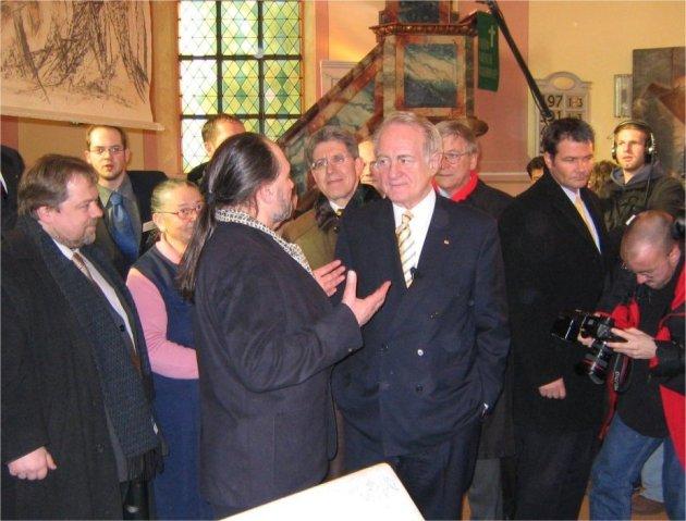 Martinskirche, Ausstellung, Nach Hause kommen, Johannes Rau, Bundespräsident, Nikolaus Rode, Bürger Aktiv Lahr, Frank-Uwe Kündiger