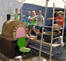 Kinderferienwoche 2015 Brotofenbau